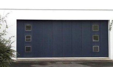 224738_Photo-hublots-quartz-porte-garage-coulissante